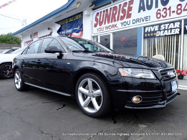 2012 Audi A4 4dr Sdn Auto quattro 20T Prem Priced below Market CarFax One Owner This 2012 A