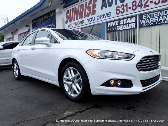 2013 Ford Fusion 4dr Sdn SE FWD Sunrise Auto Outlet  is the car shopping destination for Long Isla