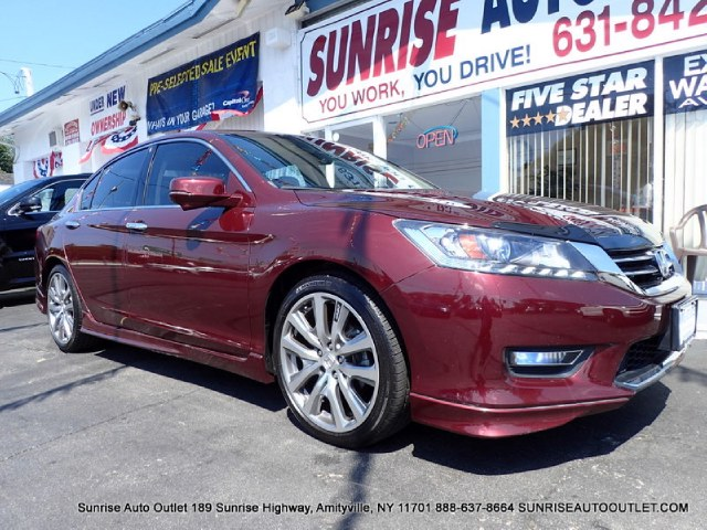 2013 Honda Accord Sdn 4dr V6 Auto EX-L Sunrise Auto Outlet  is the car shopping destination for Lo