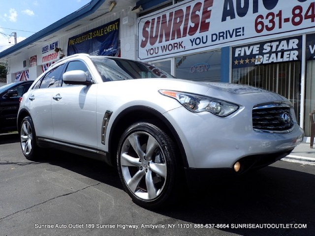 2010 Infiniti FX50 AWD 4dr Sunrise Auto Outlet  is the car shopping destination for Long Island Q