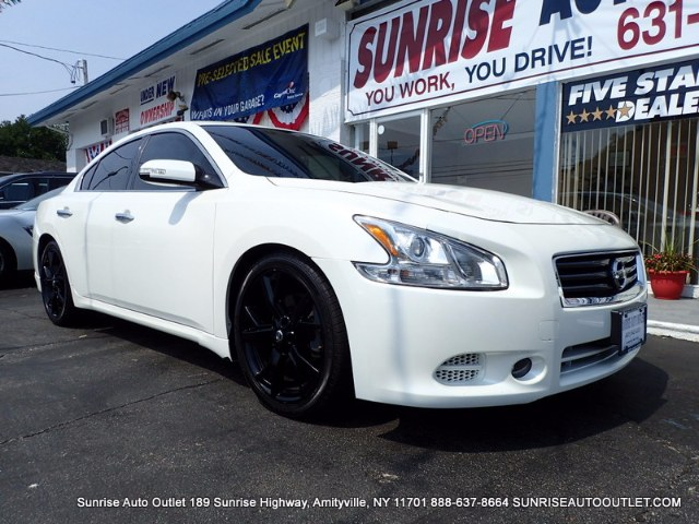 2014 Nissan Maxima 4dr Sdn 35 SV wSport Pkg Sunrise Auto Outlet  is the car shopping destination
