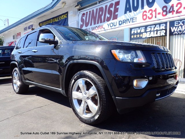 2013 Jeep Grand Cherokee 4WD 4dr Overland Summit Sunrise Auto Outlet  is the car shopping destinat