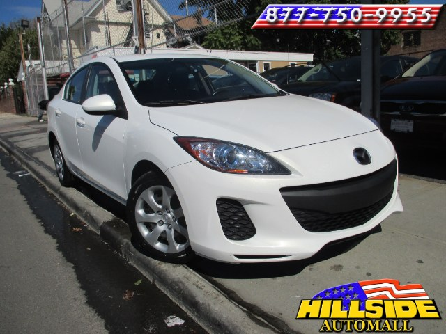 2013 Mazda Mazda3 4dr Sdn Auto i Sport We have assembled the most advanced network of lenders to e