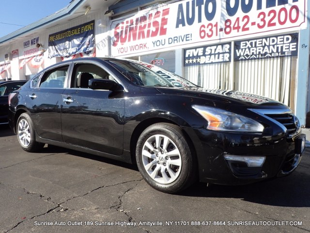 2014 Nissan Altima 4dr Sdn I4 25 S Sunrise Auto Outlet  is the car shopping destination for Long