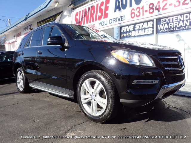 2013 MERCEDES M-Class 4MATIC 4dr ML350 Sunrise Auto Outlet  is the car shopping destination for Lo