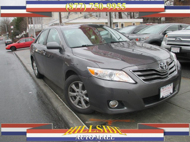2011 Toyota Camry 4dr Sdn I4 Auto LE Natl Hi folks thank you for taking the time out of your bus