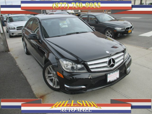 2013 MERCEDES C-Class 4dr Sdn C300 Luxury 4MATIC Hi folks thank you for taking the time out of you