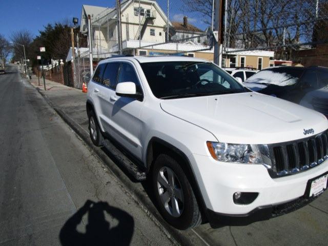 2013 Jeep Grand Cherokee 4WD 4dr Laredo Hi folks thank you for taking the time out of your busy da