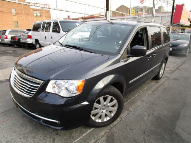 2014 Chrysler Town  Country 4dr Wgn Touring Hi folks thank you for taking the time out of your bu