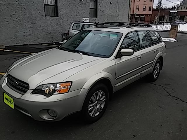 2005 Subaru Outback 2.5i Limited Danbury, CT