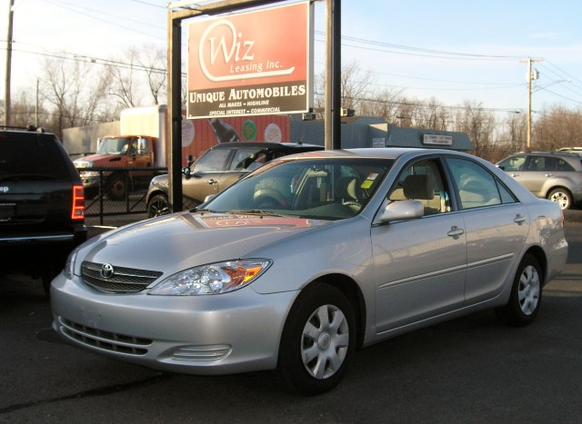Used 2004 Toyota Camry, $4578