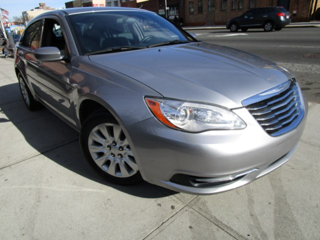2014 Chrysler 200 4dr Sdn LX Hi folks thank you for taking the time out of your busy day and looki