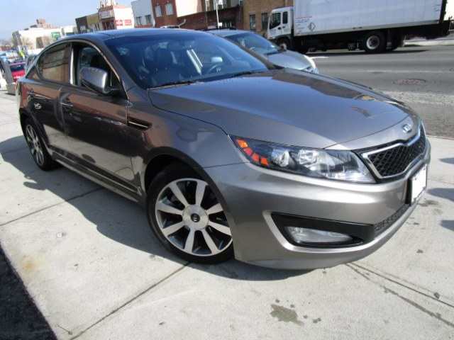 2013 Kia Optima 4dr Sdn SX wLimited Pkg Hi folks thank you for taking the time out of your busy d