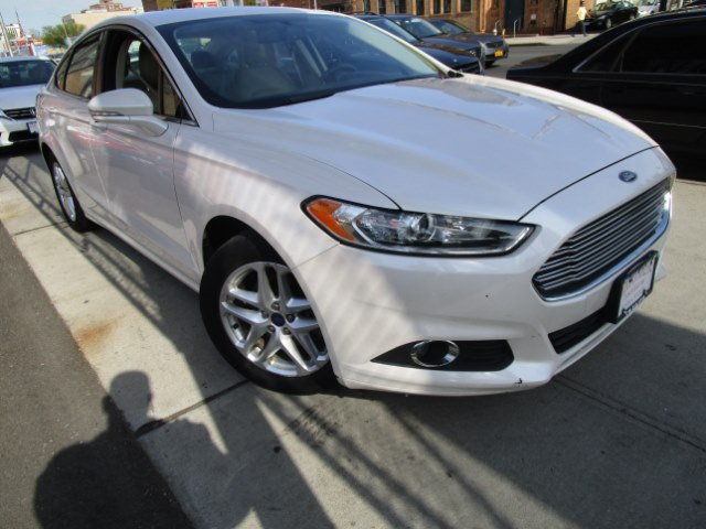 2013 Ford Fusion 4dr Sdn SE FWD Hi folks thank you for taking the time out of your busy day and lo