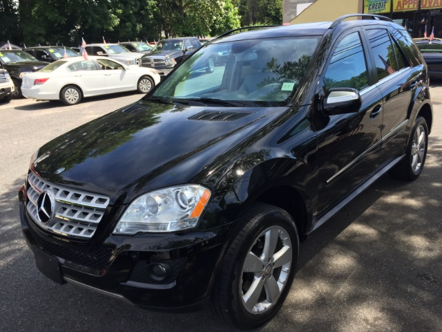 2010 mercedes benz m class for sale at huntington auto mall 888. Cars Review. Best American Auto & Cars Review
