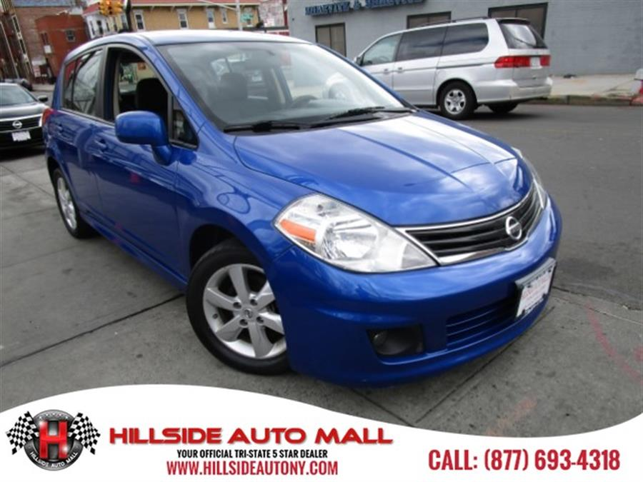2011 Nissan Versa 5dr HB I4 Auto 18 S Hi folks thank you for taking the time out of your busy day
