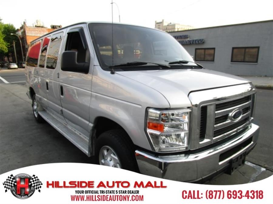 2012 Ford Econoline Wagon E-350 Super Duty XLT Hi folks thank you for taking the time out of your