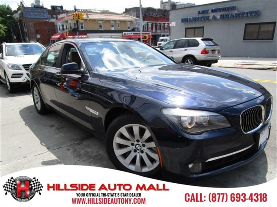 2011 BMW 7 Series 4dr Sdn 750i xDrive AWD Hi folks thank you for taking the time out of your busy