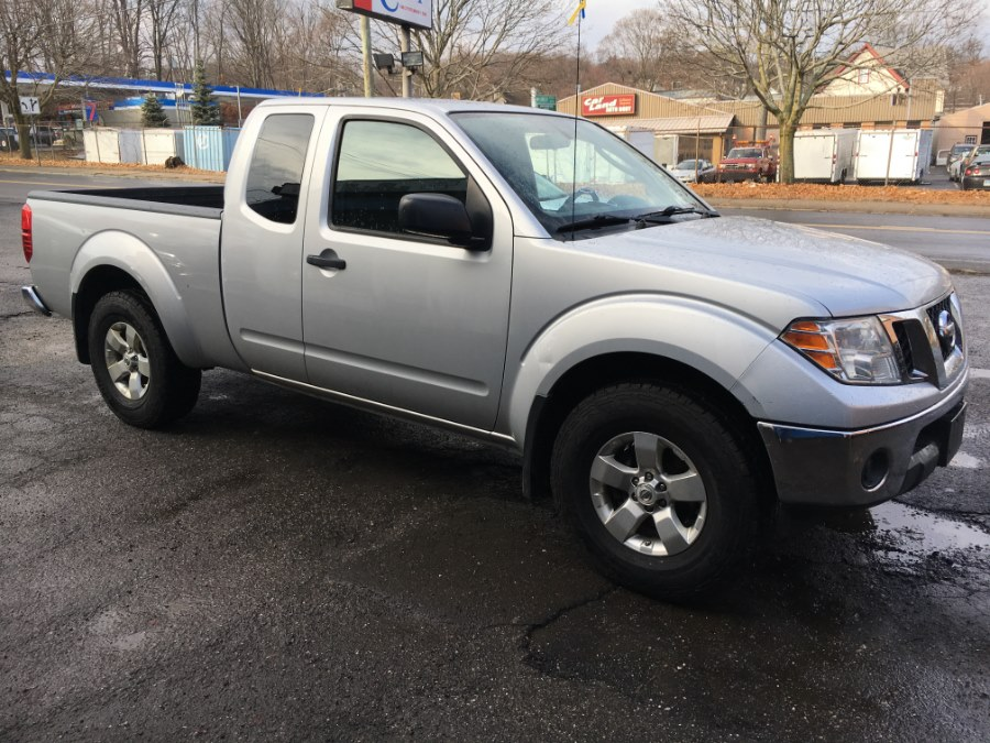 2011 nissan frontier sv v6 in danbury ct used cars for. Black Bedroom Furniture Sets. Home Design Ideas