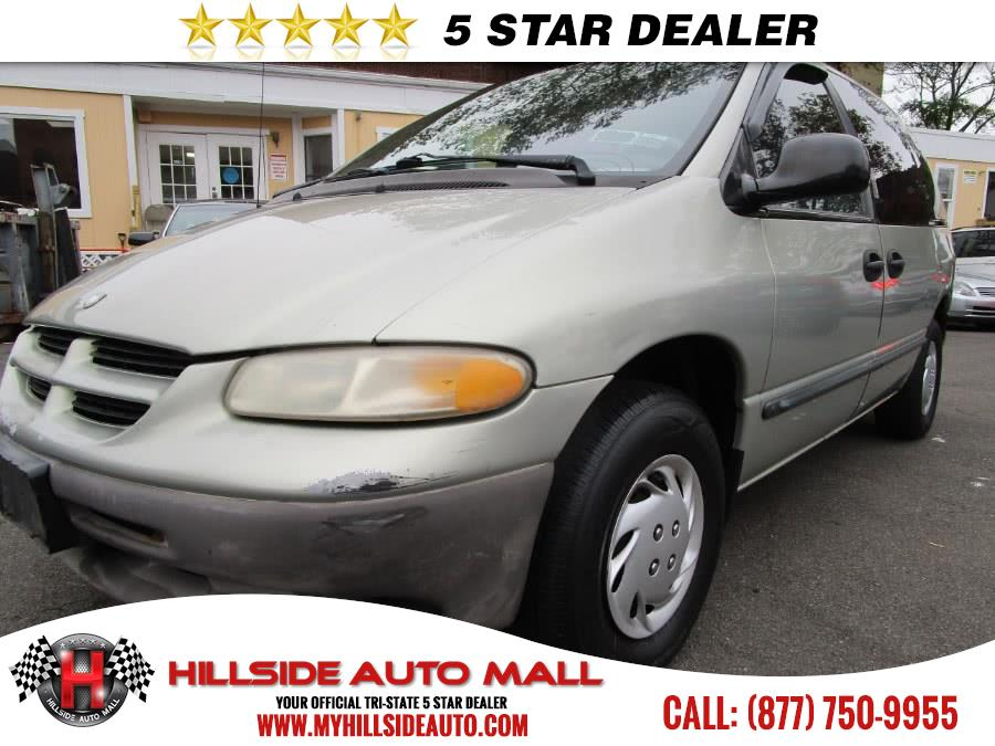 2000 Dodge Caravan 4dr Base 113 WB Hi folks thank you for taking the time out of your busy day an