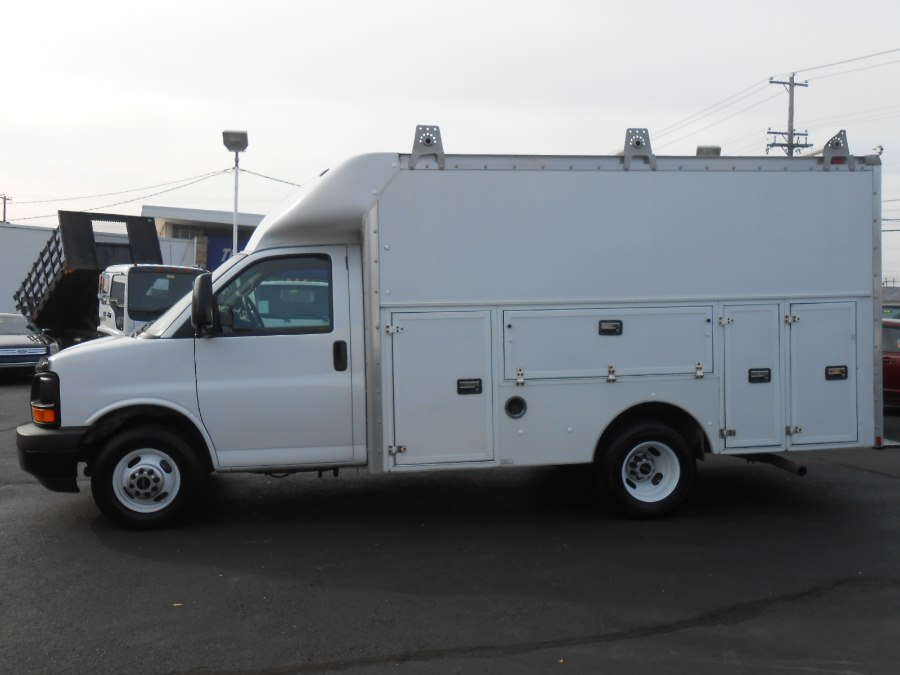 1781_1136038_19497786_1163204162017 wow! a 2006 gmc savana cutaway with 102,107 miles central jersey 2014 GMC Savana Conversion Van at gsmportal.co
