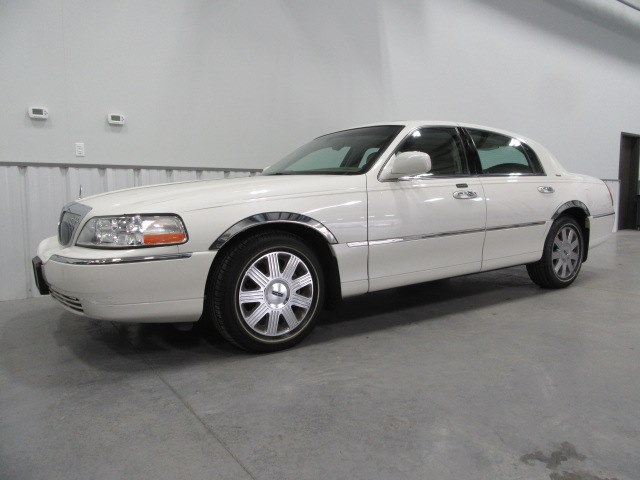 2004 Lincoln Town Car Ultimate In North Salem Ny Used Cars For
